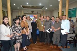 Anggota Pansus DPR RI tentang RUU Standardisasi bersama direksi perusahaan
